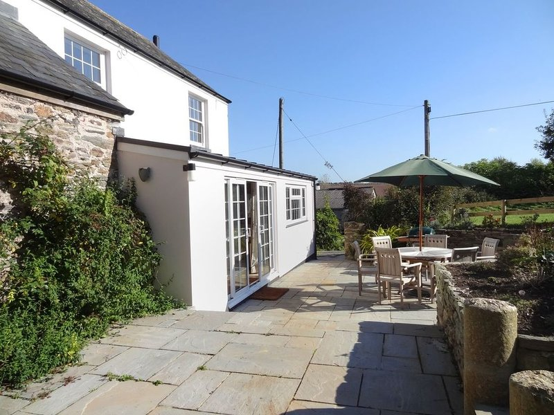 Withymore Cottage, MALBOROUGH, casa vacanza a South Milton