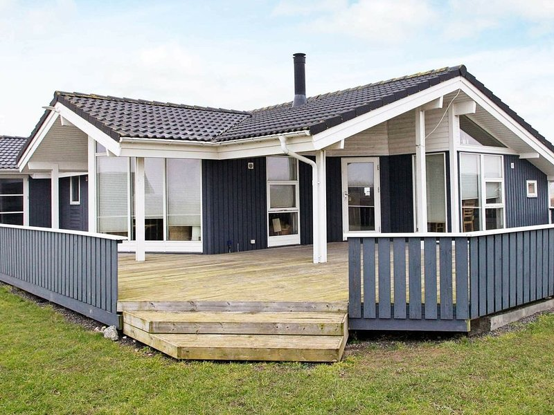 Peaceful Holiday Home in Sydals With Whirlpool – semesterbostad i Sönderborg