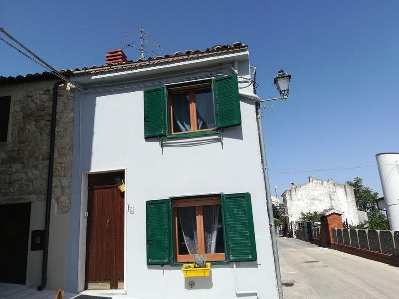 La casa  picolini avec un  Panorama parfait., location de vacances à Montenero di Bisaccia