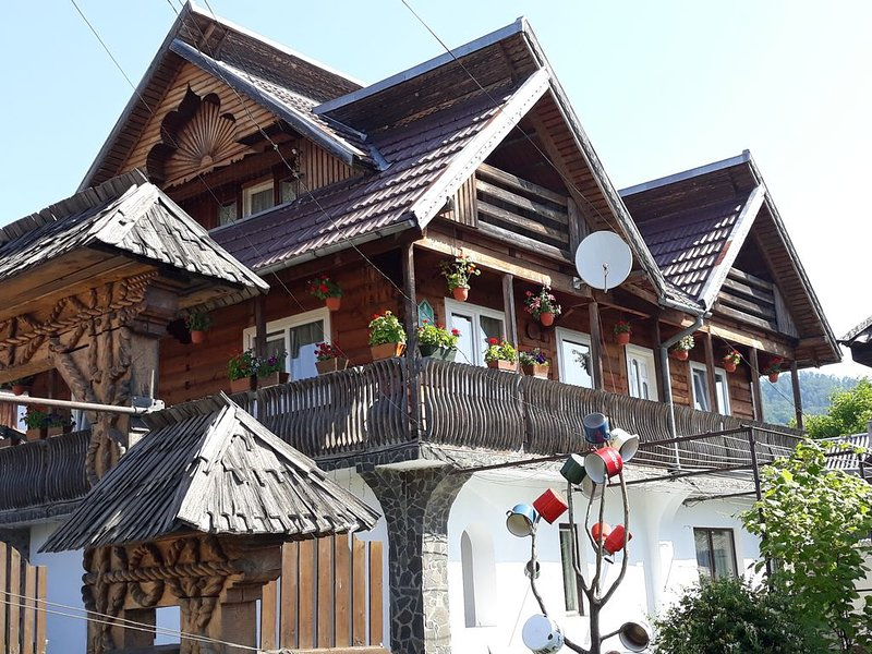 Guesthouse in the heart of Maramures, holiday rental in Breb