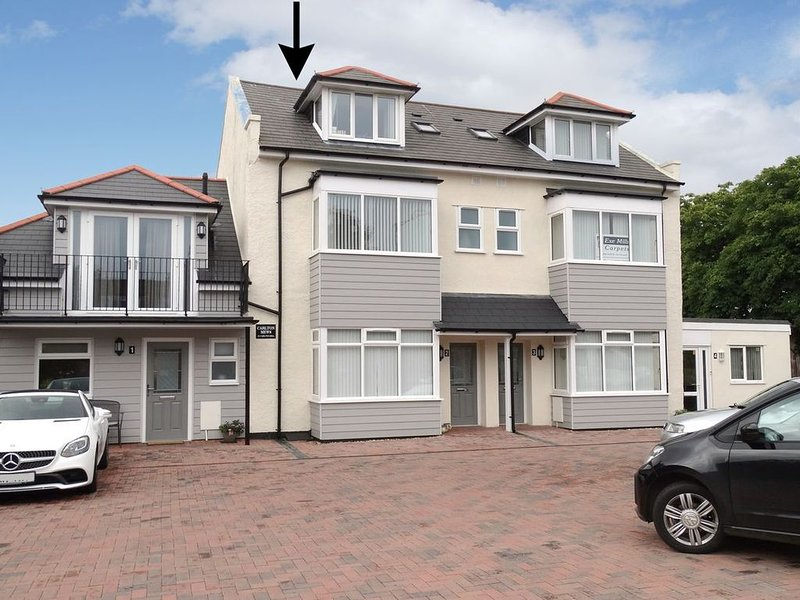 2 Carlton Mews, EXMOUTH, vacation rental in Starcross