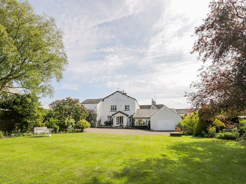 The White House, CARTMEL, holiday rental in Low Newton