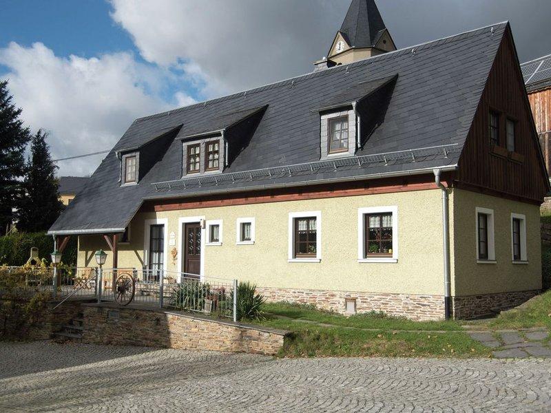 Modern Apartment in Unterwürschnitz near Ski Area, location de vacances à Unterwurschnitz
