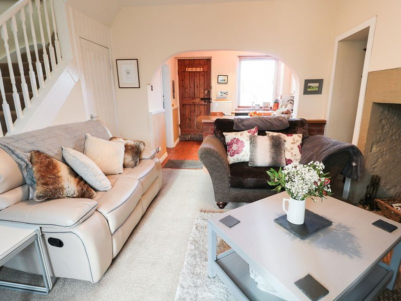 Corbett Cottage, HOLY ISLAND, vacation rental in Lowick