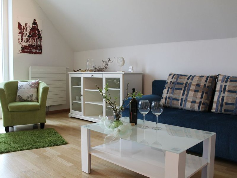 Comfortable Holiday Home in Wismar near Baltic Sea, vacation rental in Wismar