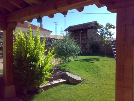 ALQUILER INTEGRO  30 PAX BBQ y PISCINA Ultimos findes Agosto con descuento, casa vacanza a Provincia di Segovia