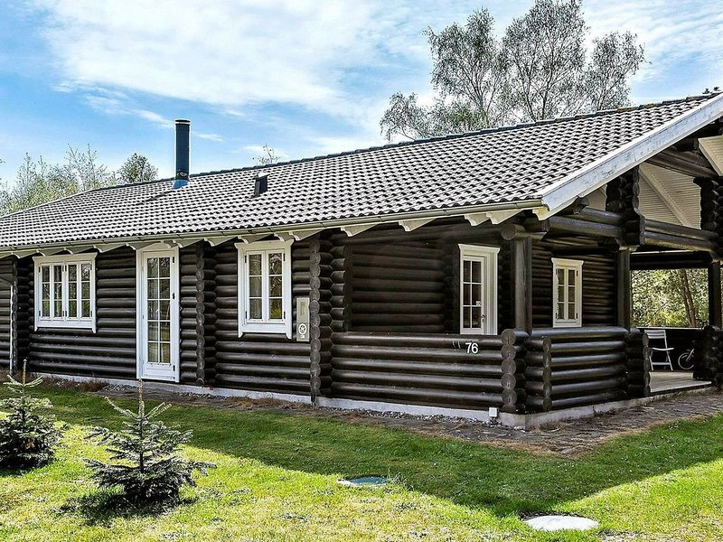 Boutique Holiday Home in Lolland with Whirlpool, location de vacances à Roedby