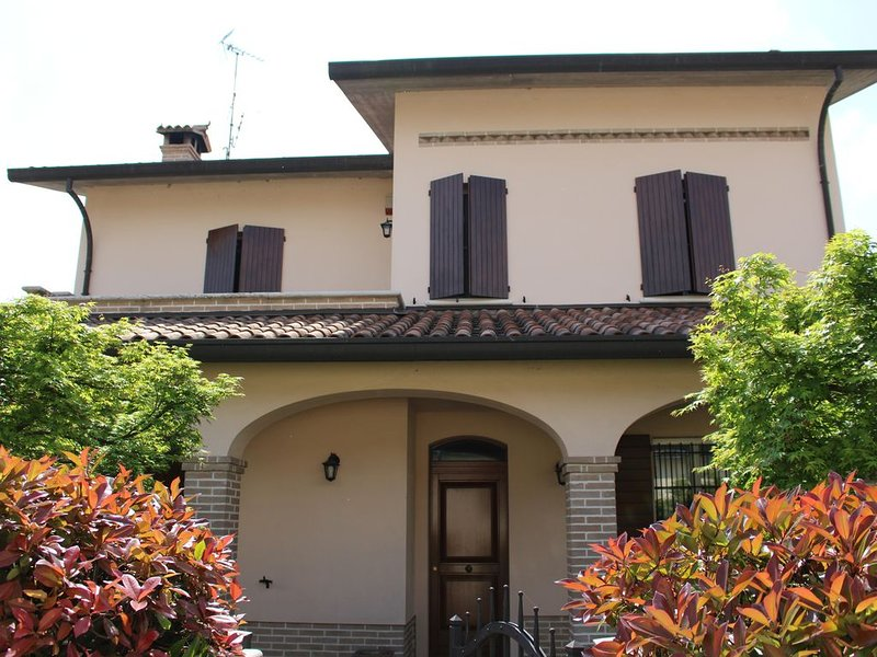 Villa Bracci Ravenna, vacation rental in Gambellara