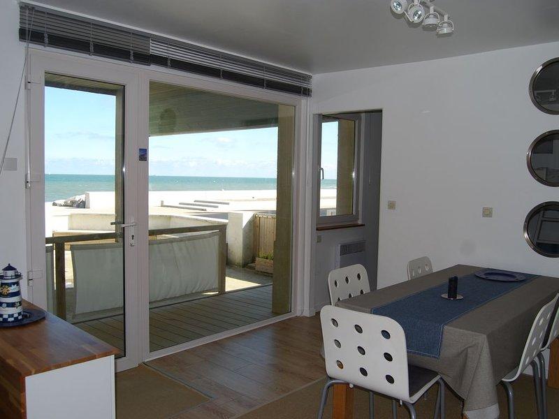 Appartement RdC sur la Digue avec vue sur mer et terrasse sud-ouest, holiday rental in Audinghen