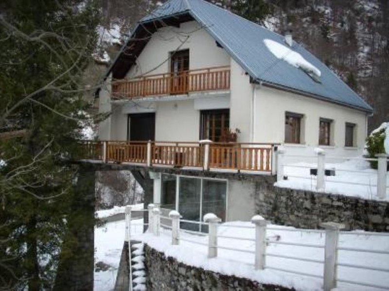 Grande maison 16/20 couchages, holiday rental in Betpouey