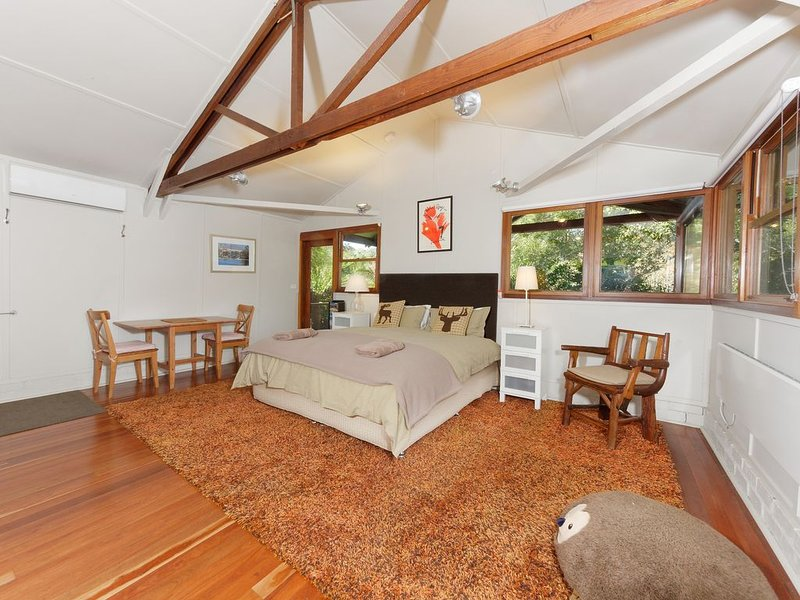 Cozy | Open plan | Tennis Court, vacation rental in Robertson