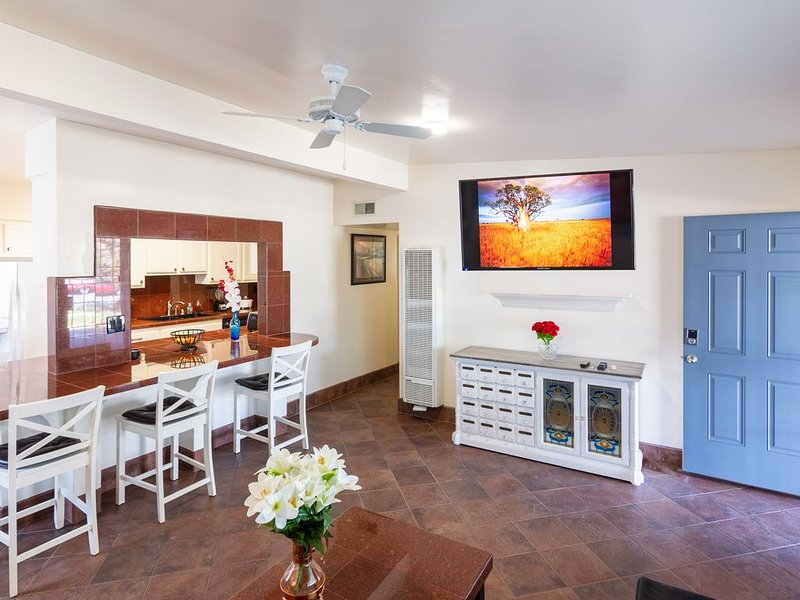 Dog-Friendly 4-Bd/3-Ba Imperial Beach home near North Island, casa vacanza a Imperial Beach