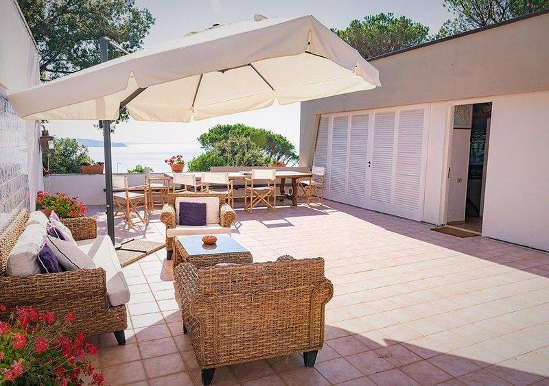 Splendida villa in Toscana, vacation rental in Porto Ercole