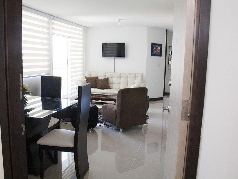 APARTAMENTO AMOBLADO NUEVO EN DOSQUEBRADAS -RISARALDA, holiday rental in Combia