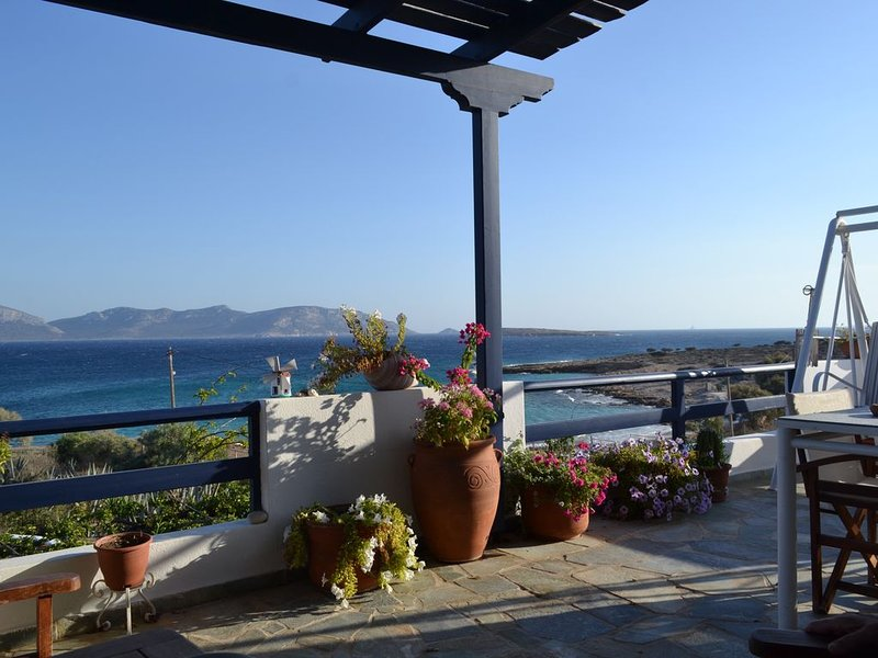 Sea Side House ANEMOMYLOS at Koufonisi, holiday rental in Ano Koufonissia