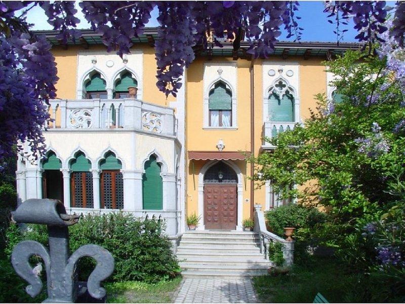 Villa Corrado-Mare Mostra Cinema Venezia.....Relax, holiday rental in Lido di Venezia