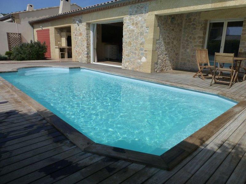 Beautiful Stone Built Villa in Stunning Location, Ferienwohnung in Villeneuve-les-Corbieres