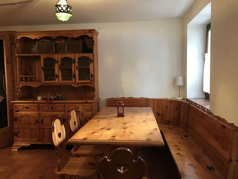 Casa Gastagh - ampia casa con giardino privato - 7 posti letto -, vacation rental in Santorso
