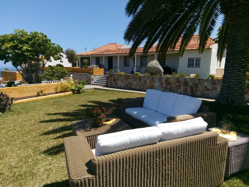 Das Hotel mit Herz & Charme, holiday rental in La Guancha