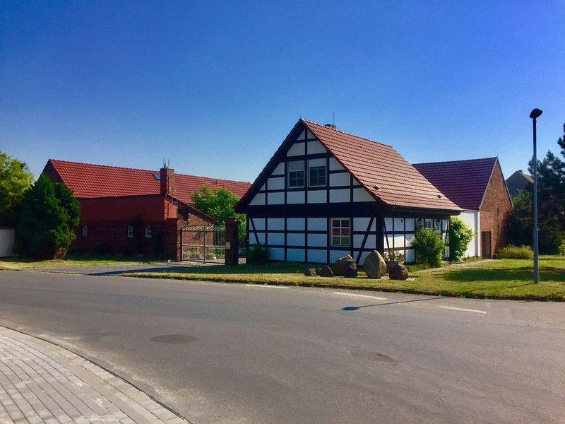 Komfortable Ferienwohnung 'Mischa' in Dahme/Mark, vacation rental in Baruth