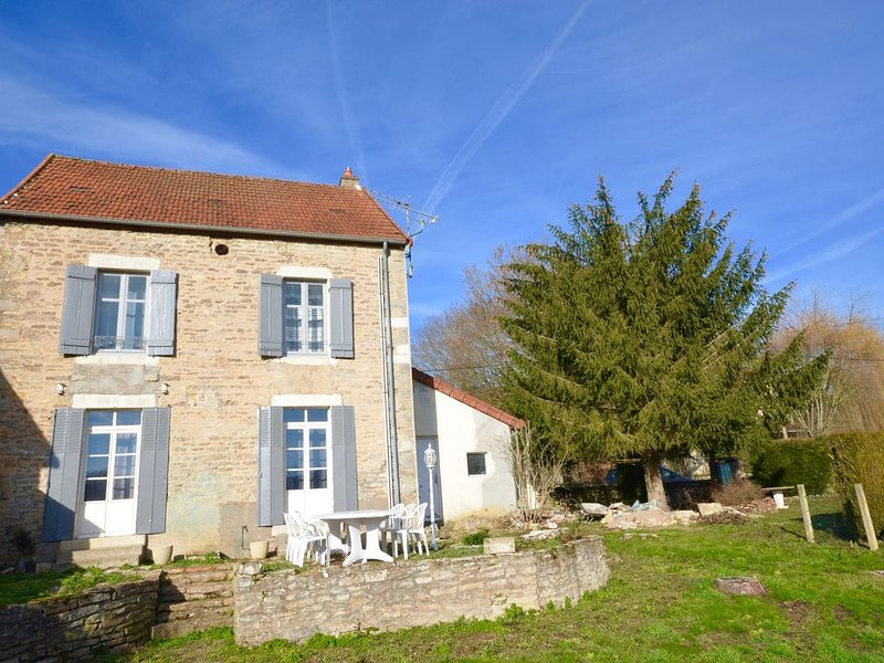 AU COEUR PAISIBLE DU VIGNOBLE, vacation rental in Chassagne-Montrachet