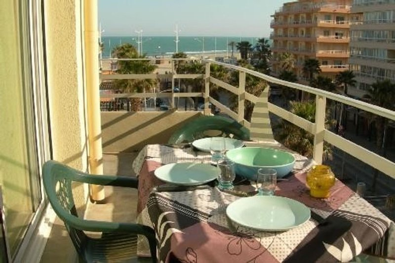 Balcony sea view side