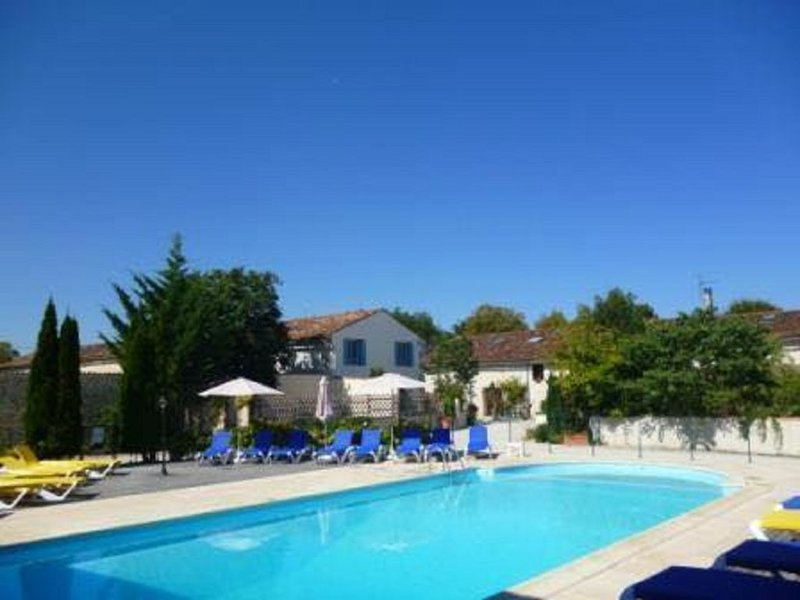 Cocon au calme Domaine les Granges, holiday rental in Archingeay