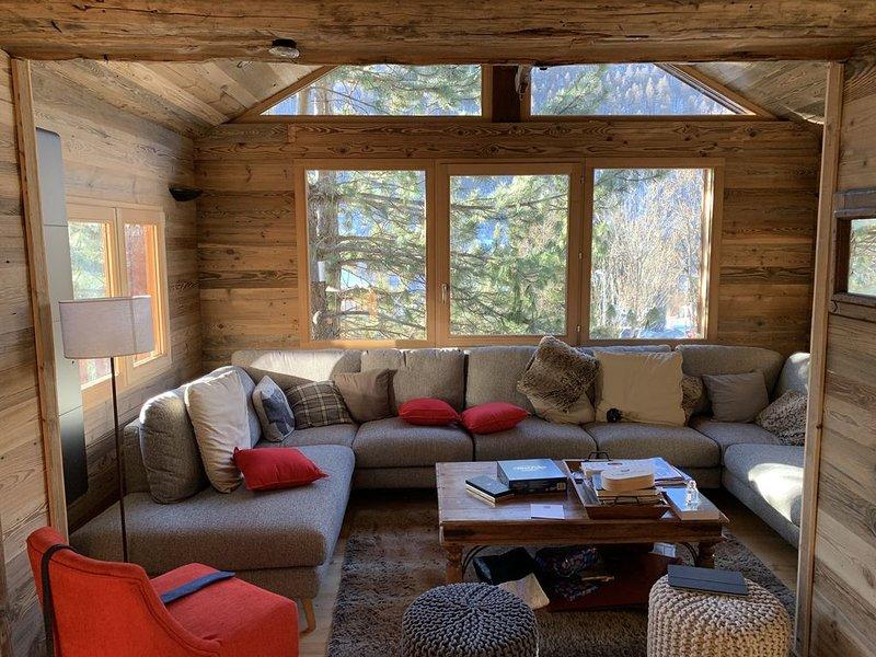 Chalet de standing, ambiance montagne garantie, holiday rental in La Salle les Alpes