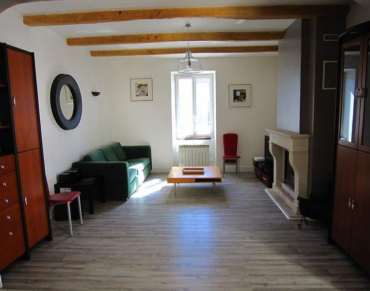 LA ROCHELLE Maison de charme toutes périodes 3 chambres 9 personnes 100 m², vacation rental in La Jarrie