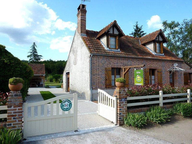 gite de caractère, en Sologne , coeur des chateaux de la loire et zoo Beauval, vacation rental in Fontaines-en-Sologne