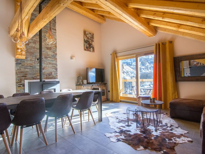 Chalet 1 SANDEMA 12 pers/4*, holiday rental in Valloire