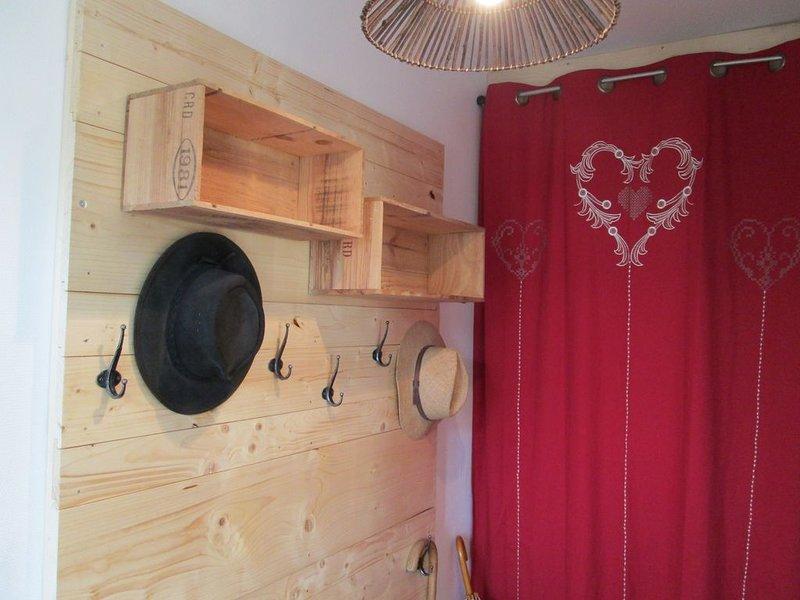 Le Sapoitier Jura gîte 3 étoiles, holiday rental in Chaux-Neuve