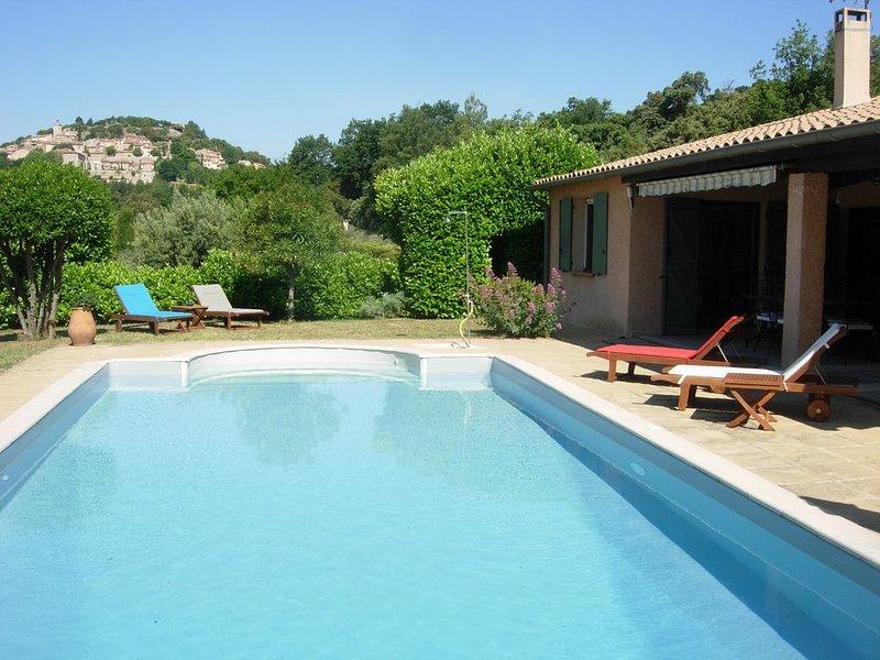 Maison de vacances avec grande piscine privée, holiday rental in Moissac-Bellevue