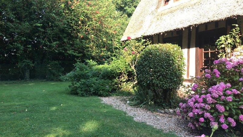 Chaumière entre Honfleur et Deauville, vacation rental in Pont-Audemer