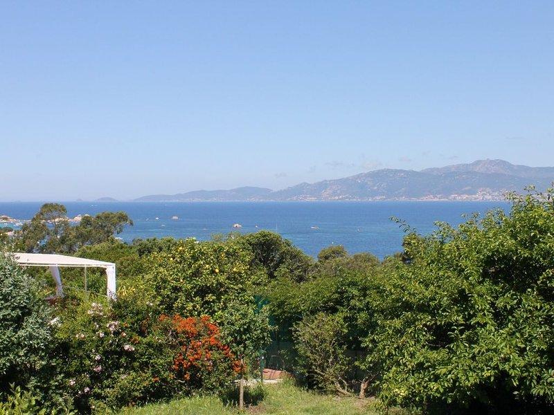 Petite maison indépendante avec jardin, vue panoramique mer, Porticcio, location de vacances à Pietrosella