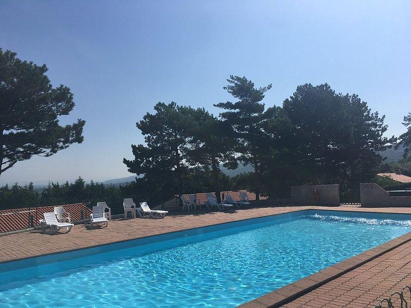 Maisonnette Bungalow pour Vacances proche du lac, holiday rental in Soual