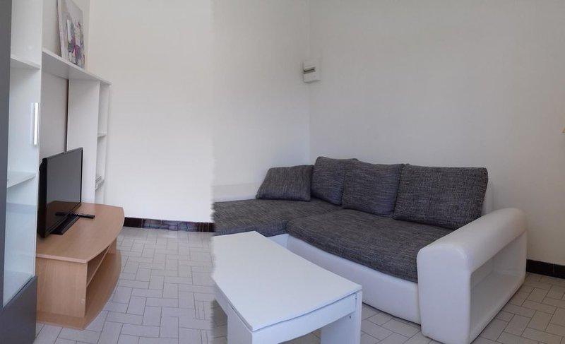 maison situé à grans au coeur de la provence, vacation rental in St Chamas