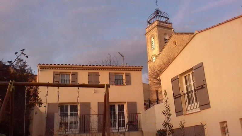 Villa avec Jardin au pied de la Sainte Victoire, location de vacances à Pourrieres