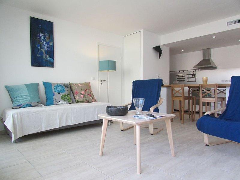 hermoso y luminoso apartamento con aire acondicionado