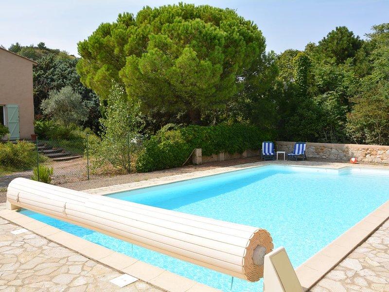 Gîte 5/6 personnes, 2 chambres, piscine, calme et nature garantis, vacation rental in Pech-Luna