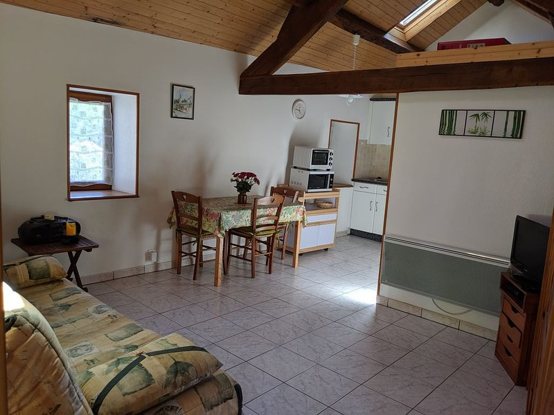 Gîte 2 personnes au coeur de l'Aveyron, location de vacances à Flavin