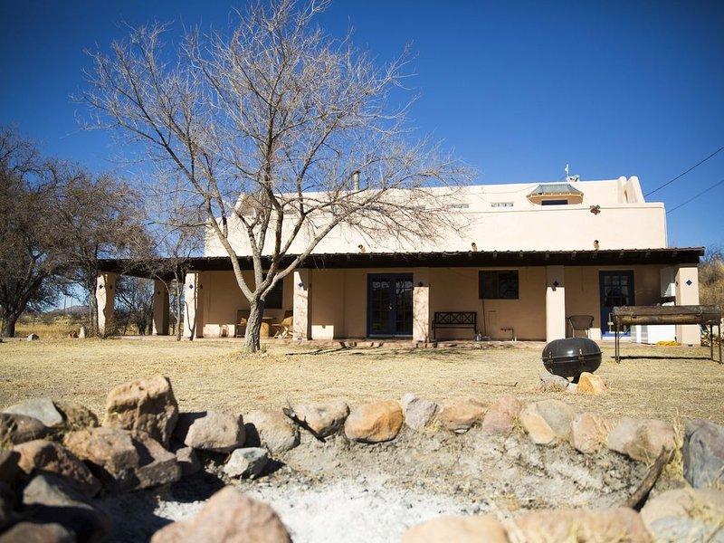 Pandora Ranch - private Hacienda in the Sonoran Desert in Arivaca, AZ, aluguéis de temporada em Arivaca
