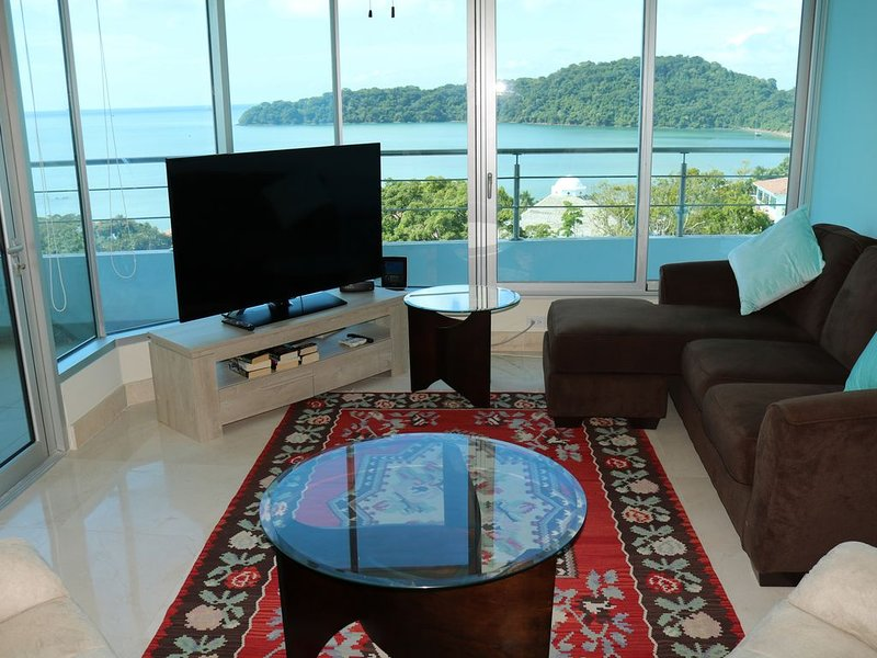 Ocean View in Luxury Resort Just Minutes from Downtown Panama, aluguéis de temporada em Isla Taboga