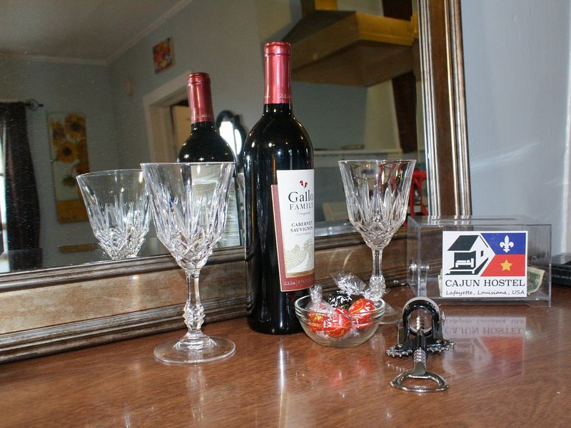 Wine and chocolates for stays of 2 nights or more