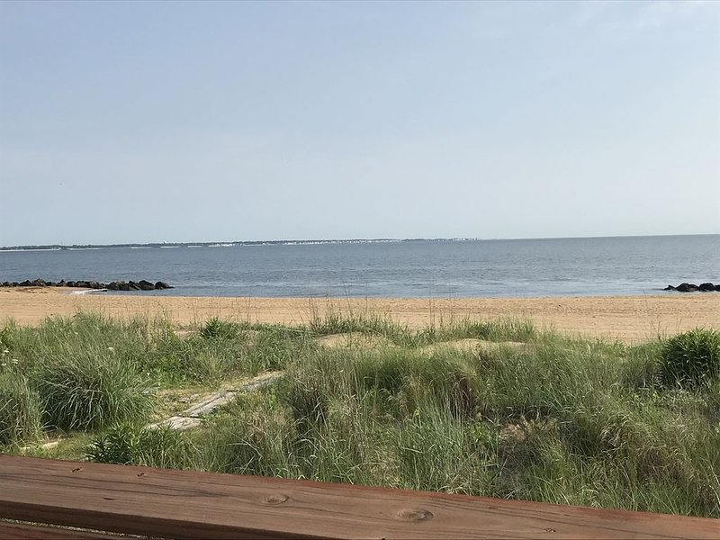 Awesome beachfront house for your vacation memories!, holiday rental in Norfolk