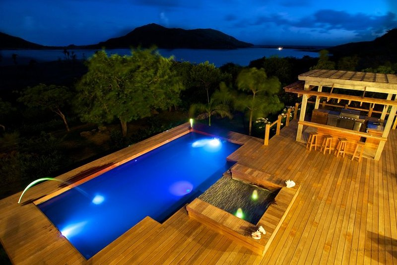 Beautifully landscaped private Caribbean heaven, vacation rental in Basseterre