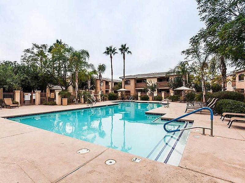 Phoenix Desert Oasis Getaway - 2-BR, 2 Bth - Desert Breeze Villas Condo AZ, holiday rental in Tolleson