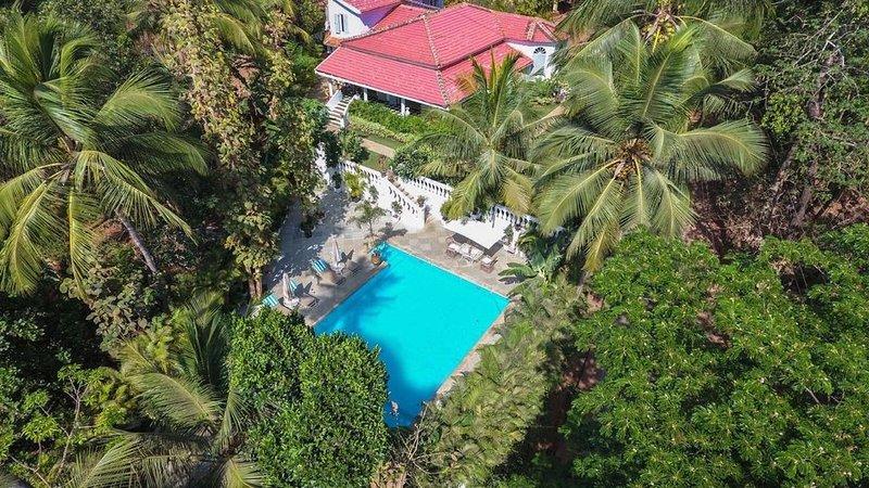 Luxury Villa in South Goa - 6 Br/ 5 Bath, aluguéis de temporada em Canacona