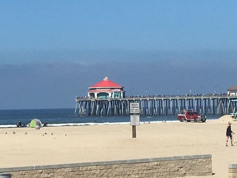 Surf City/Sunset Beach Condo, holiday rental in Huntington Beach
