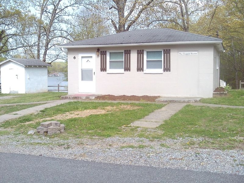 Kentucky lake view cottage ~ 1 Bedroom Lakeview, holiday rental in Calvert City